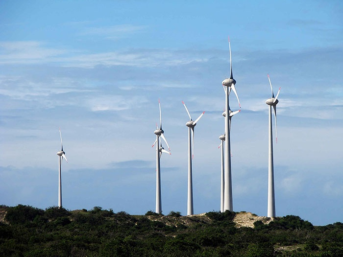 Government to end subsidies for onshore wind