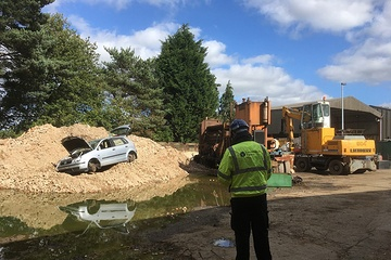 Waste removal businesses face prosecution after Thames Valley EA action