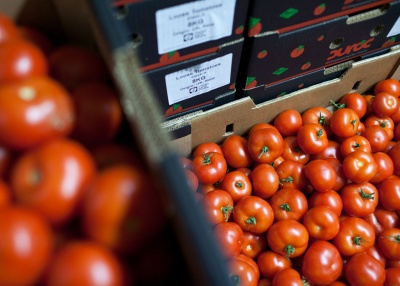 Co-op joins FareShare to redistribute surplus food