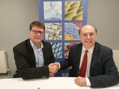 Philip Law and Alexandre Dangis sign UK agreement for MORE recycling platform