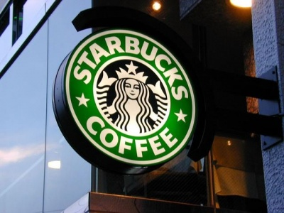 Starbucks trials disposable coffee cup charge