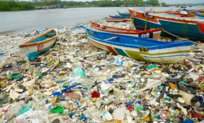 UN declares war on marine plastic pollution
