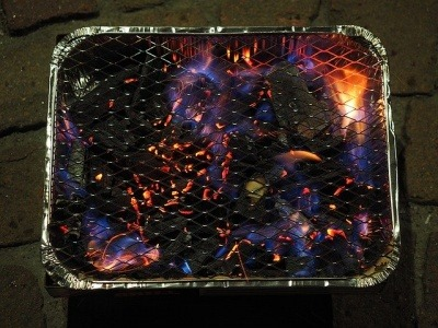Lit disposable BBQ grill