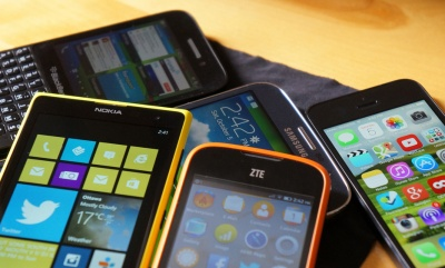 Greenpeace calls on phone producers to take responsibility for resource use