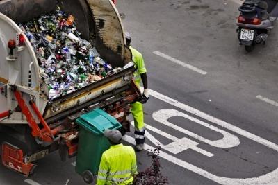 bin men collecting recycling