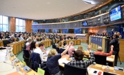 MEPs vote through 70 per cent recycling target for Europe