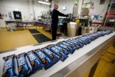 Production of the paper-packaged snack bars