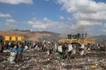 Dozens killed in Ethiopian waste landslide