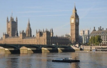 Avoidable single-use plastics to be phased out of the Houses of Parliament by 2019