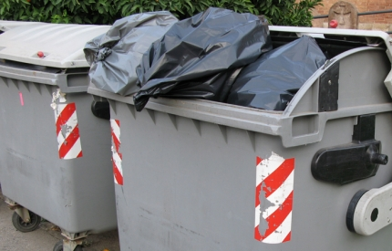 Serco recycling staff to strike on 14 October over pay