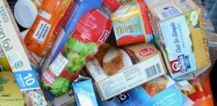 Mixed plastic and card food packaging